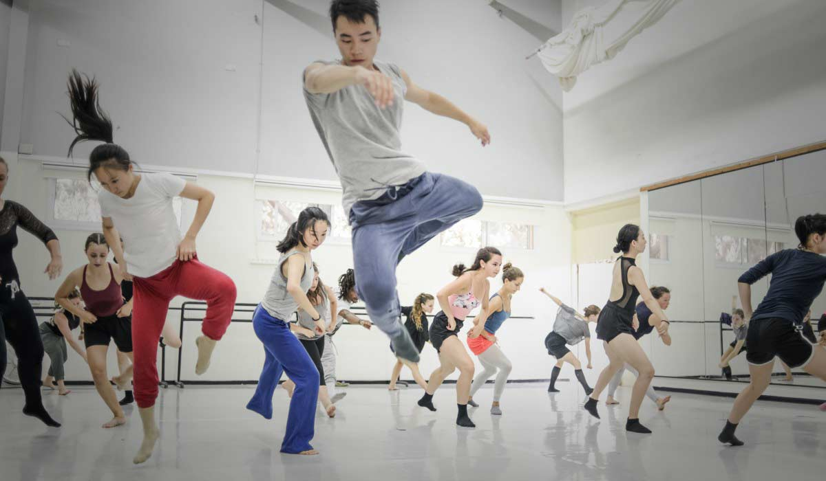 kibbutz contemporary dance company summer intensive